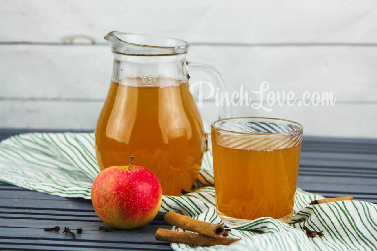 Яблочный компот с корицей