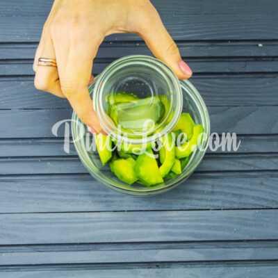 Салат с авокадо и тунцом - шаг 1-2