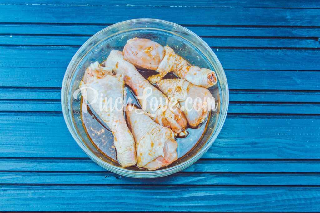 Куриные ножки в соево-медовом соусе - шаг 4
