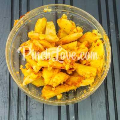 Запеченный картофель дольками - шаг 4-3