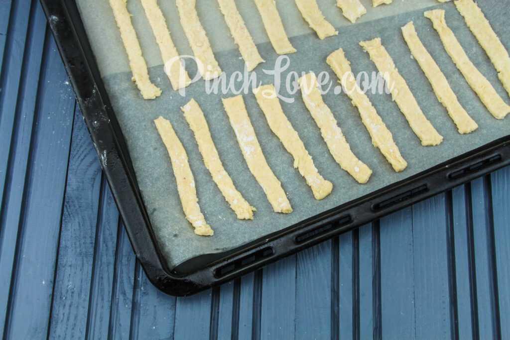 Сырные палочки - шаг 5
