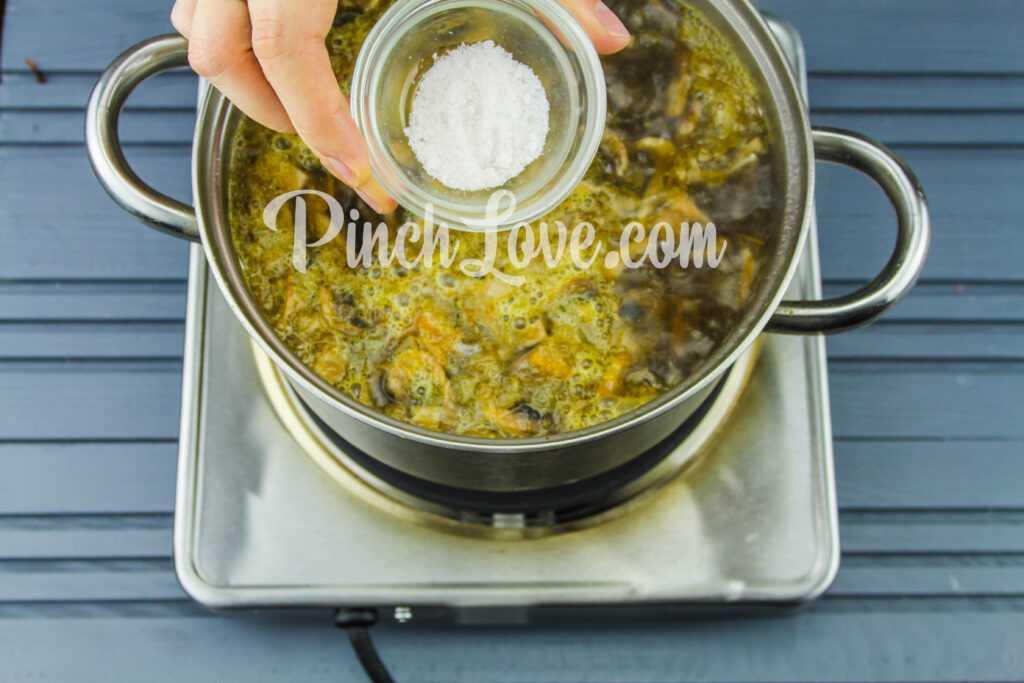 Грибной суп из шампиньонов - шаг 6