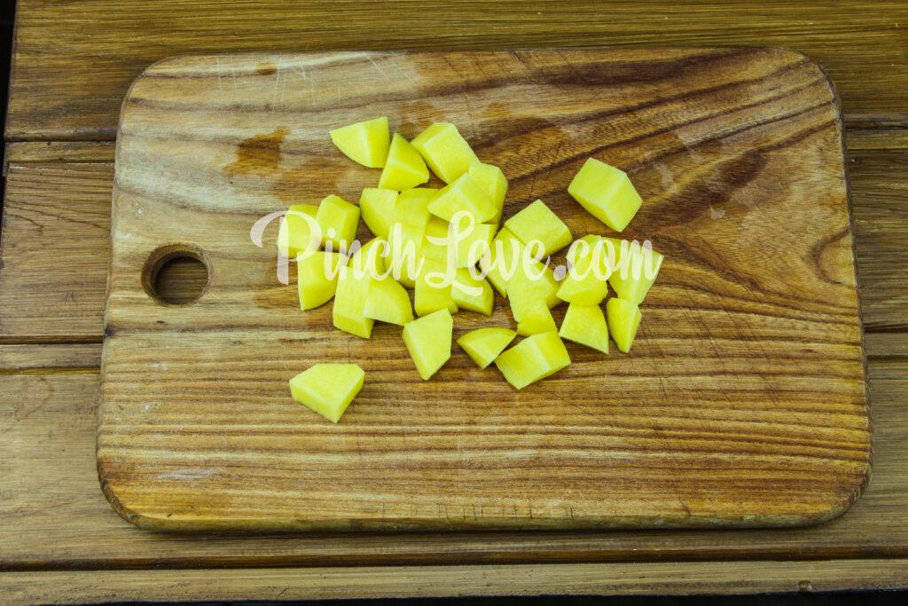 Жаркое из свинины с картошкой - шаг 7