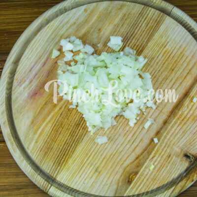 Куриные котлеты с болгарским перцем в духовке - шаг 1-1