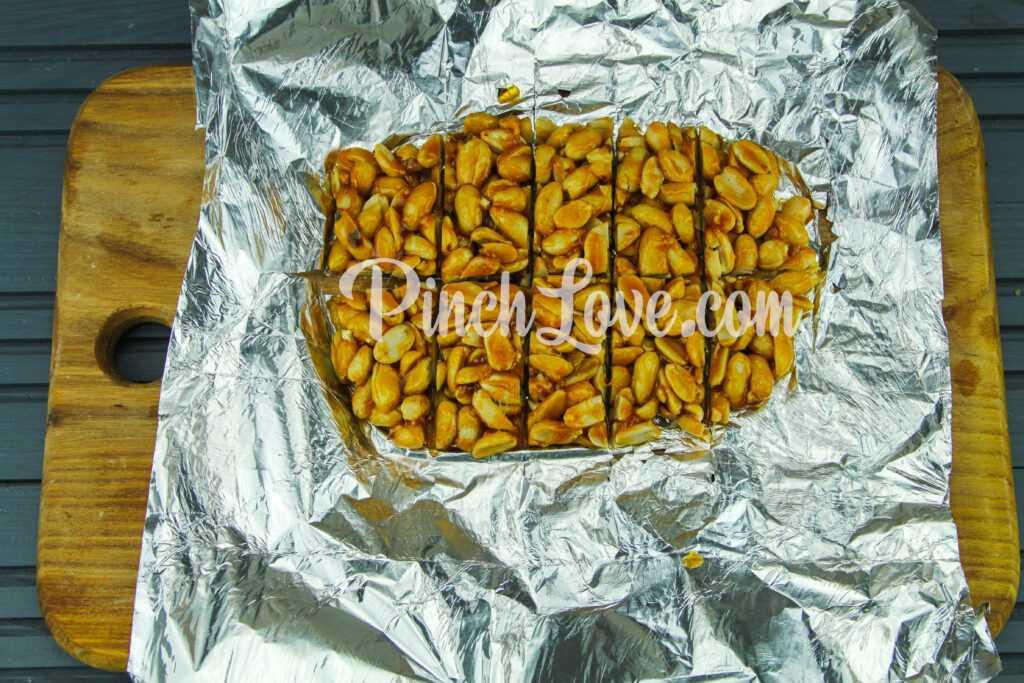 Козинаки из арахиса - шаг 5