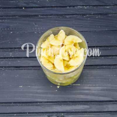 Фруктовый салат из банана и винограда - шаг 3-2