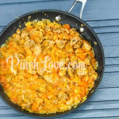 Рагу из свинины, картофеля и тыквы - шаг 5-2