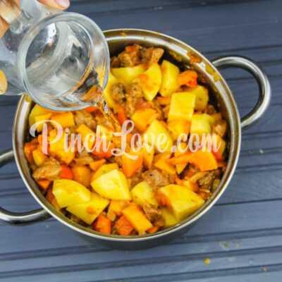 Рагу из свинины, картофеля и тыквы - шаг 7-2