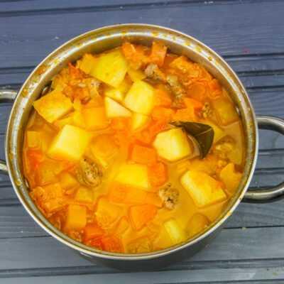 Рагу из свинины, картофеля и тыквы - шаг 8-2