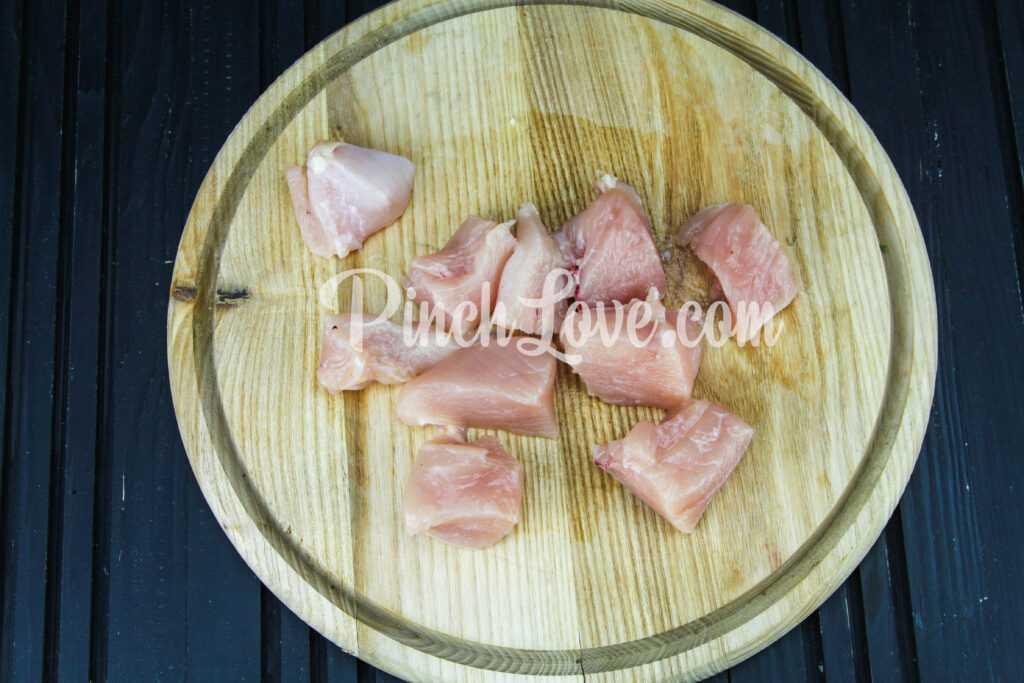 Шашлычки из куриного филе на сковороде - шаг 2