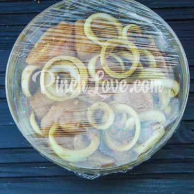 Куриный шашлык в маринаде из соевого соуса - шаг 3-2
