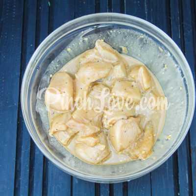 Шашлычки из куриного филе на сковороде - шаг 4-1