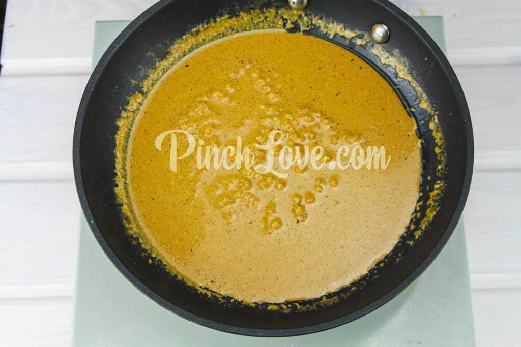 Коктейль из морепродуктов под сливочно-соевым соусом - шаг 2
