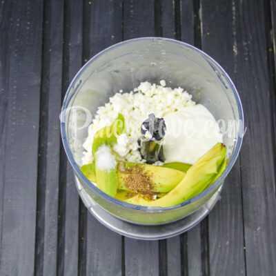 Паштет из авокадо и творога - шаг 2-1