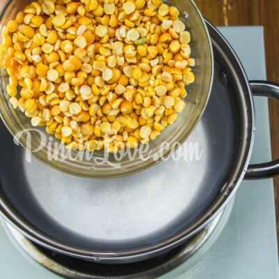 Гороховый суп с сырокопчёной колбаской - шаг 2-1