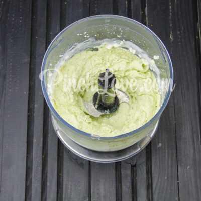Паштет из авокадо и творога - шаг 2-2