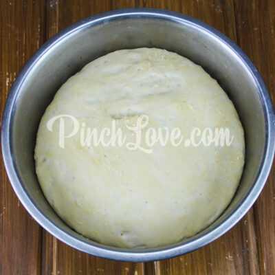 Кальцоне с колбасой и сыром - шаг 4-2