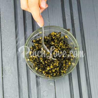 Канапе с паштетом из оливок и маслин с семгой - шаг 4-2