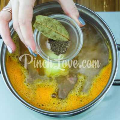 Гороховый суп с сырокопчёной колбаской - шаг 5-2