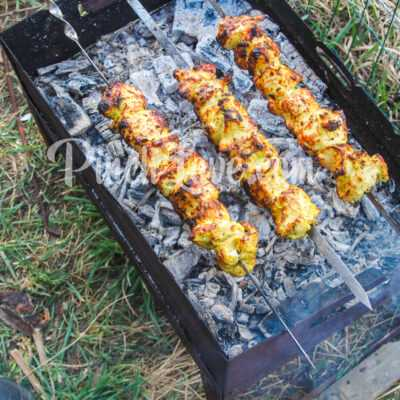 Куриный шашлык в майонезном маринаде - шаг 6-2