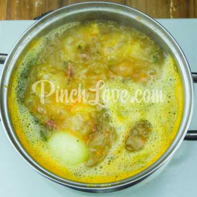Гороховый суп с сырокопчёной колбаской - шаг 6-2