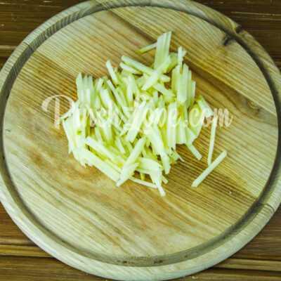 Салат с ревенем и яблоком - шаг 3-1