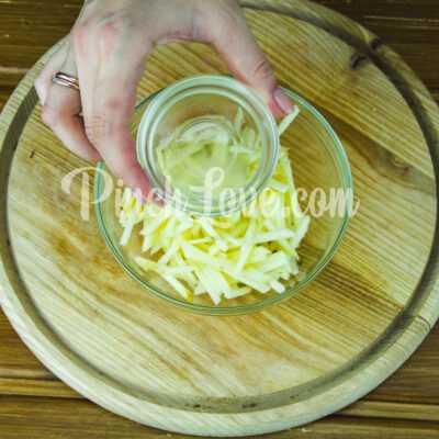 Салат с ревенем и яблоком - шаг 3-2