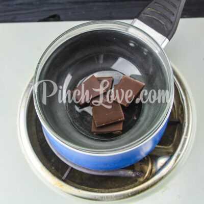 Клубника в чёрном шоколаде - шаг 1-1