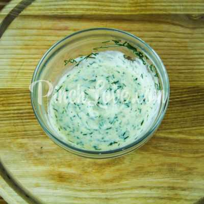 Салат с ревенем, цветной капустой и яйцом - шаг 3-3