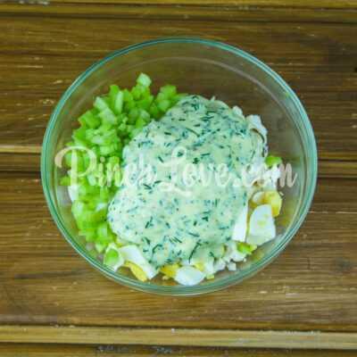 Салат с ревенем, цветной капустой и яйцом - шаг 4-1