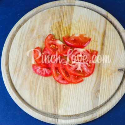 Говядина по-французски с помидорами и луком - шаг 2-1